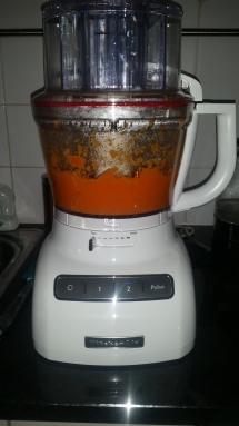 Step by step tutorial to making pumpkin pie