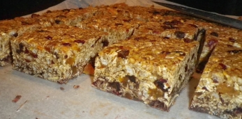 No Bake Granola Bars - step by step tutorial
